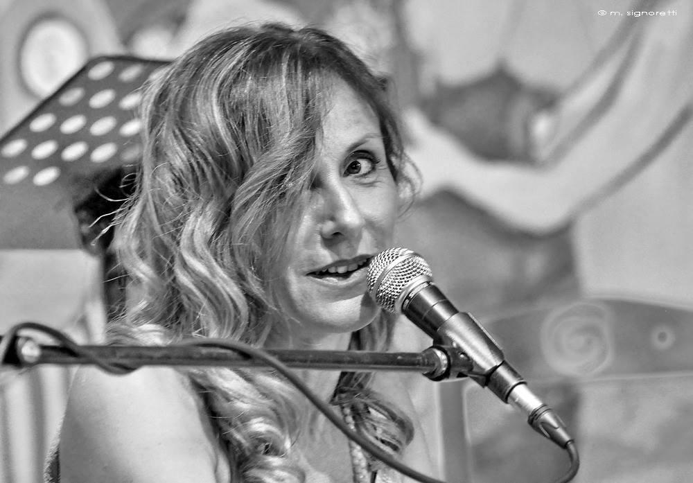 http://www.calibrofestival.com/wp-content/uploads/2017/02/Claudia-Fofi.jpg