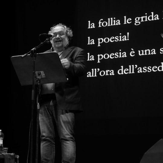 http://www.calibrofestival.com/wp-content/uploads/2020/01/31_02_mathias-enard-540x540.jpg